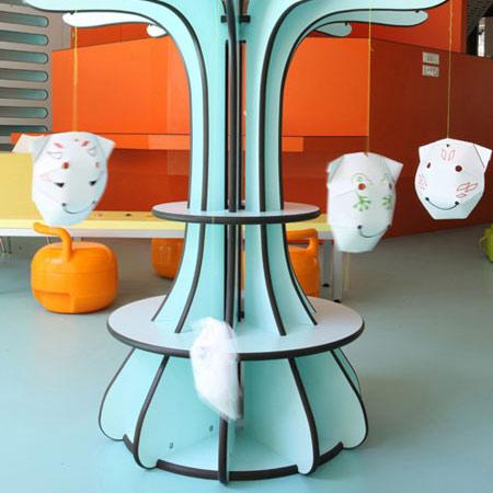 la maison des petits paris un jardin d 39 enfant design. Black Bedroom Furniture Sets. Home Design Ideas