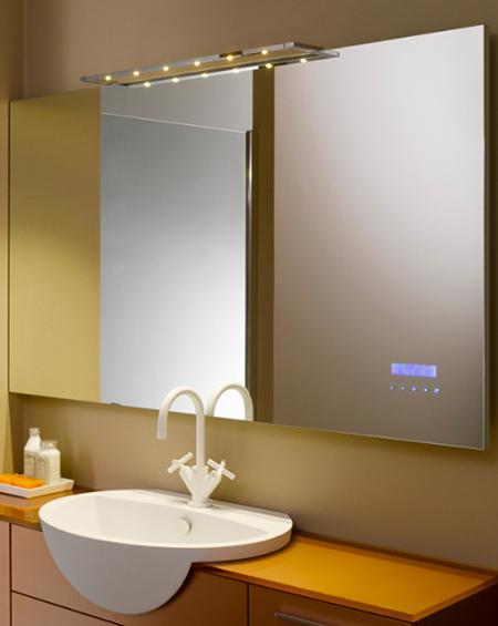 un miroir lecteur mp3 pour une salle de bain design