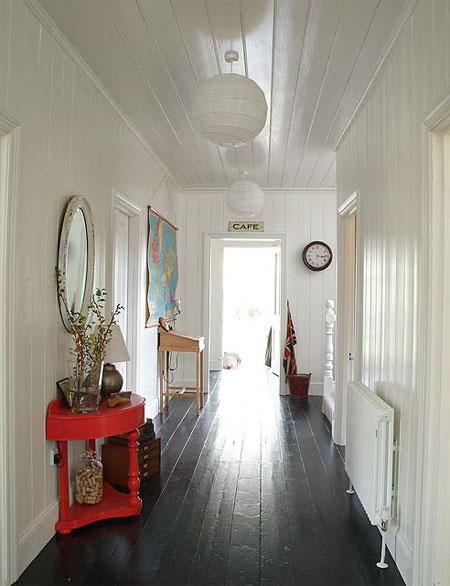 red corer une maison coloniale. Black Bedroom Furniture Sets. Home Design Ideas