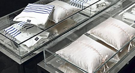jean paul gaultier pour roche bobois. Black Bedroom Furniture Sets. Home Design Ideas