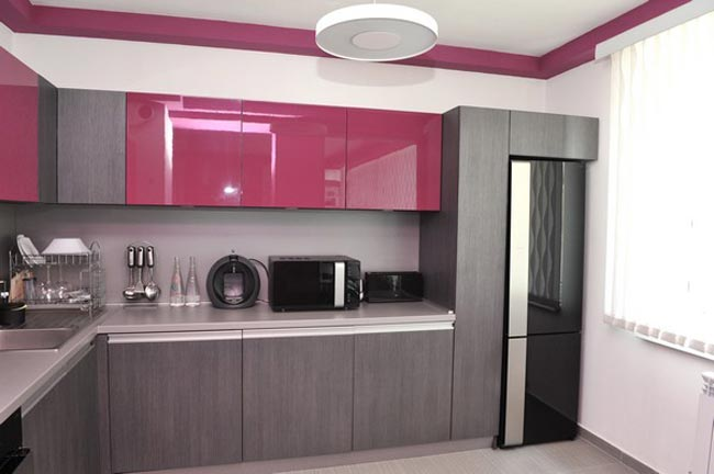Amenager un petit appartement avec cuisine coloree for Decoration cuisine pour appartement