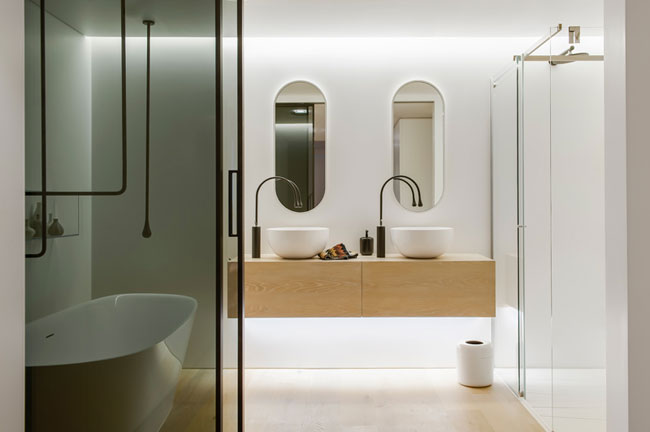 Une salle de bain contemporaine for Bathroom models images