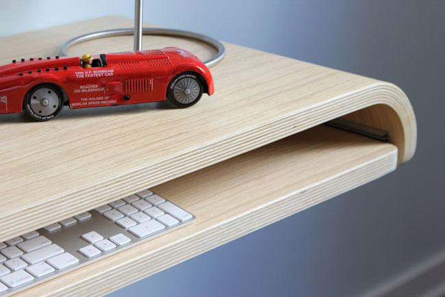 Minimal Float Wall Desk 4