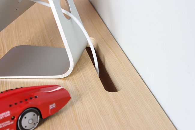 Minimal Float Wall Desk 5