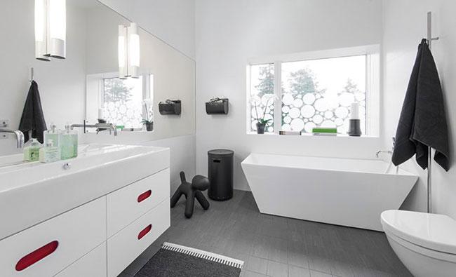 Maison design suedoise en noir et blanc 11