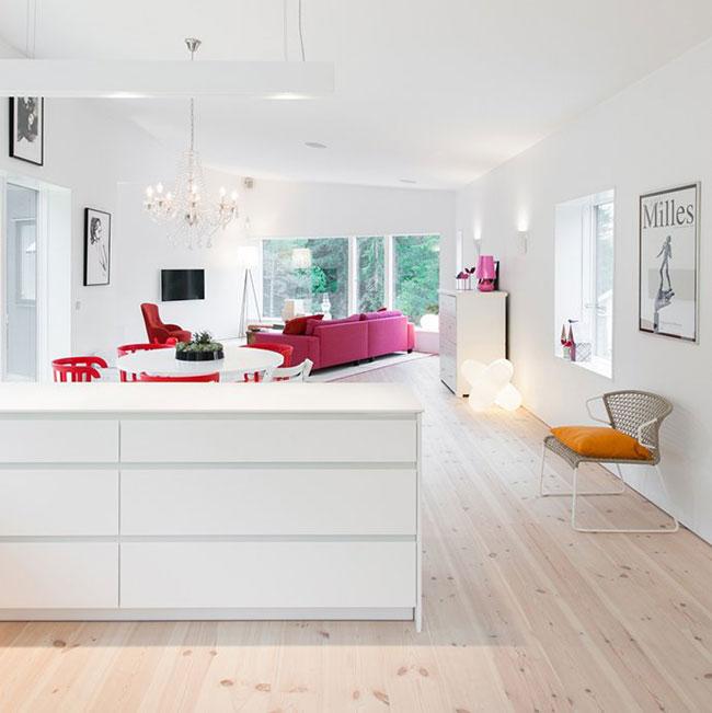 Maison design suedoise en noir et blanc 4
