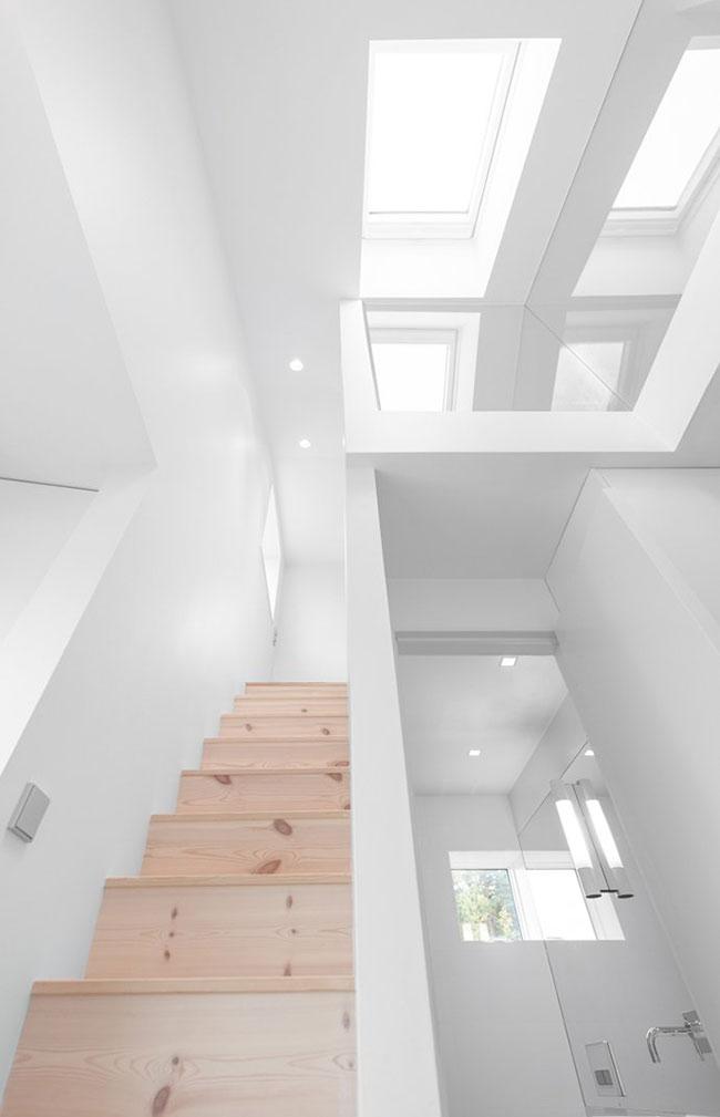 Maison design suedoise en noir et blanc 7