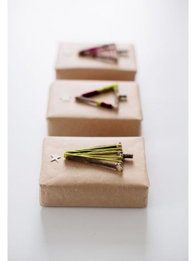 paquet cadeau kraft et bois