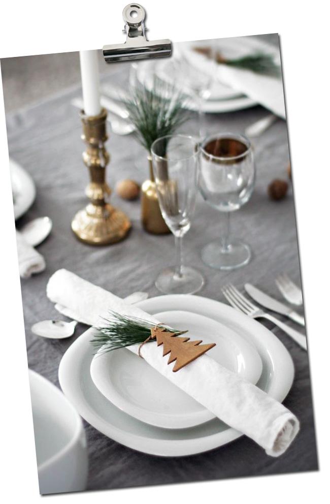 table de noel avec sapins bois
