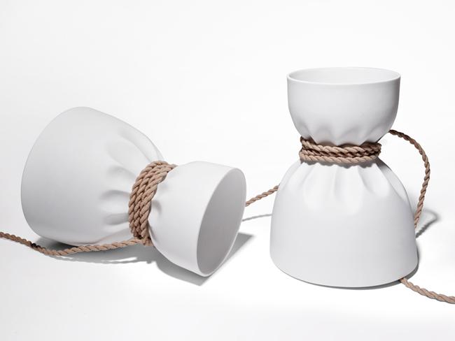lampe design en porcelaine de limoges. Black Bedroom Furniture Sets. Home Design Ideas