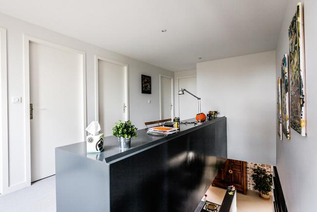montee escalier bureau integre