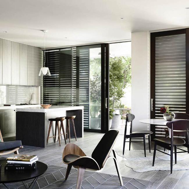 salon avec fauteuil ch07. Black Bedroom Furniture Sets. Home Design Ideas