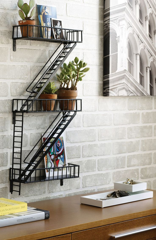 etagere murale fa on escalier new yorkais. Black Bedroom Furniture Sets. Home Design Ideas