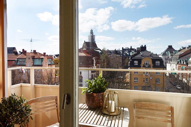 balcon amenage et decore. Black Bedroom Furniture Sets. Home Design Ideas