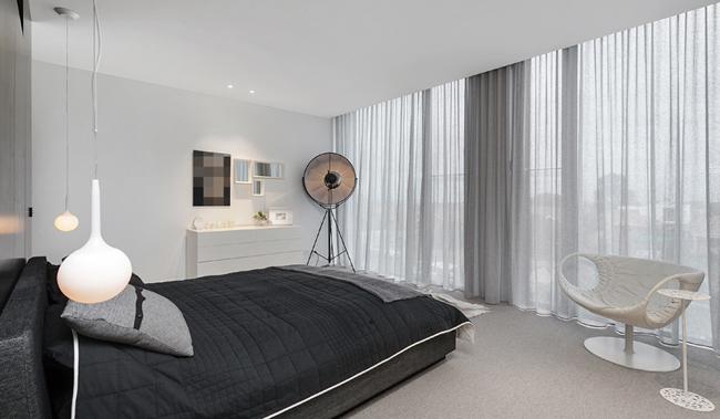 chambre moderne avec baie vitree. Black Bedroom Furniture Sets. Home Design Ideas