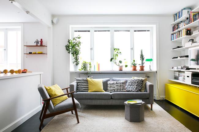 deco salon avec touches de jaune. Black Bedroom Furniture Sets. Home Design Ideas