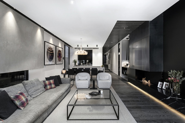 Maison moderne en noir et blanc