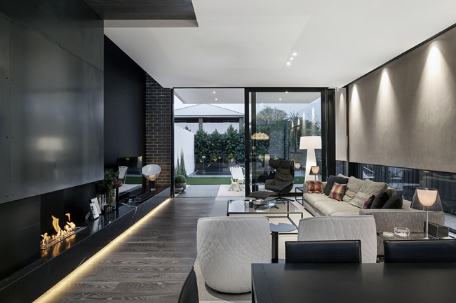 maison moderne noir et blanc