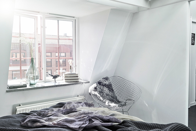 Appartement mansarde avec toit en verre 11