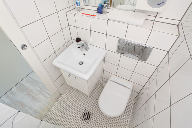 Petite salle de bain studio