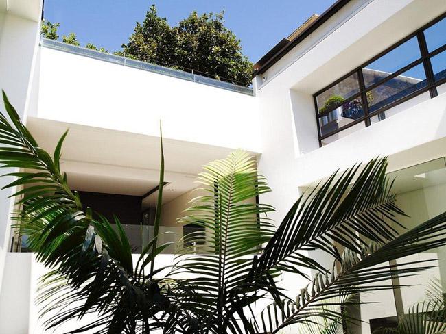 Maison contemporaine sur plusieurs niveaux 5