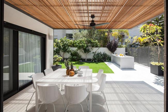 Maison design avec jardin 10