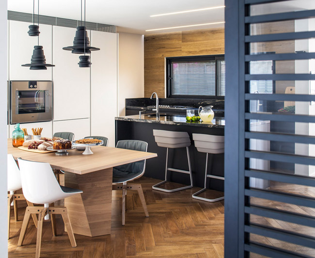 Maison design avec espace bureau