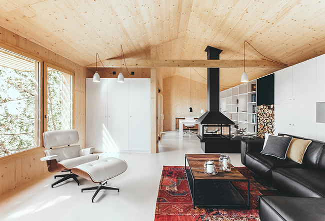 Petite maison en bois for Decoration petite maison