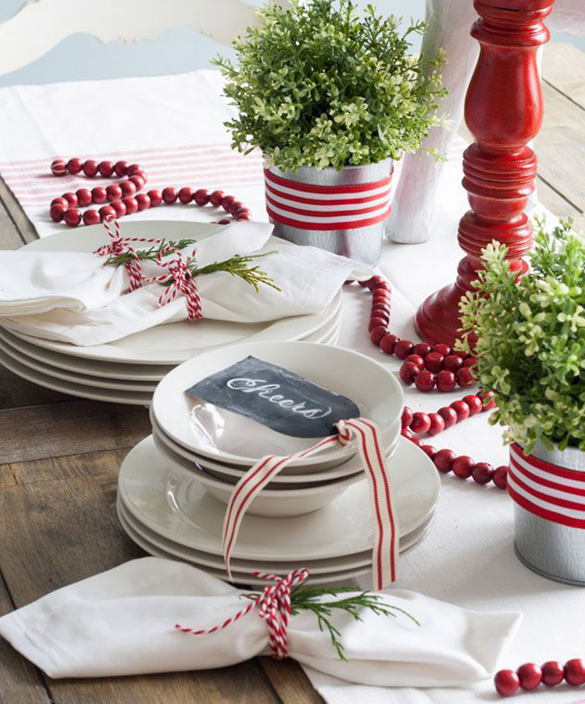 Idee deco table Noel traditionnelle