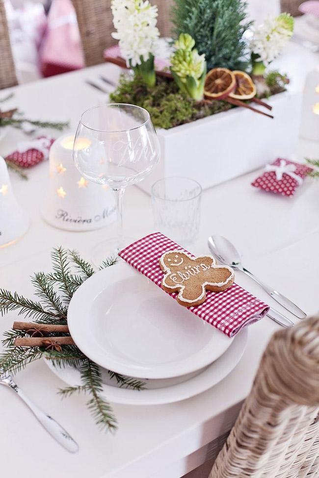 Idee deco table Noel avec petits sablés