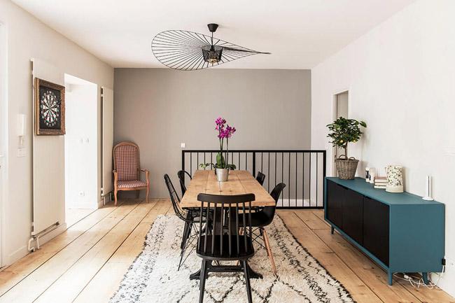 suspension vertigo dans salle a manger. Black Bedroom Furniture Sets. Home Design Ideas