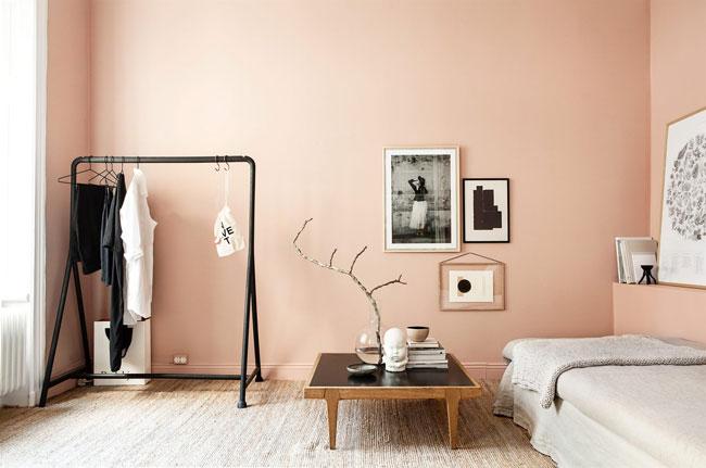 Decoration avec mur rose