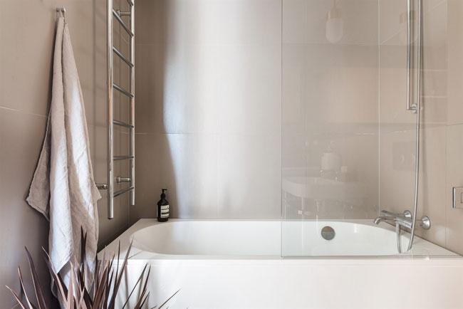 Jolie salle de bain minimaliste for Jolie salle de bain