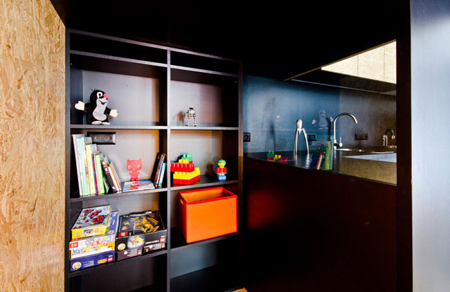 id e d 39 am nagement en osb. Black Bedroom Furniture Sets. Home Design Ideas