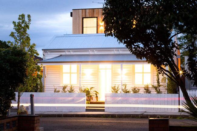 Maison ancienne avec une extension bois for Maison avec extension